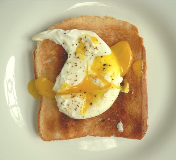 Ovos pochê (Crédito Free Images)