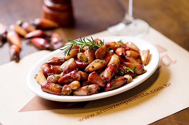 Pinhão cozido está na lista de 10 alimentos com mais fibra (Crédito Henrique Peron/Divulgação)